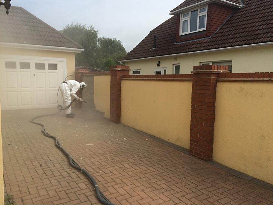 Blasting masonry paint in Highcliffe